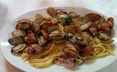 spaghetti vongole veraci
