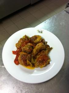 Pollo ruspante con peperoni, pranzo di ferragosto a Roma